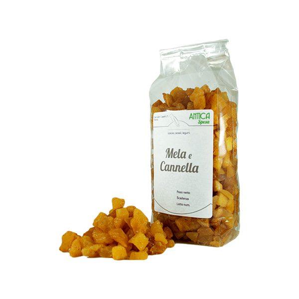 Mela e Cannella disidratata a cubetti in confezione da 250 grammi 500 grammi o 1 kg